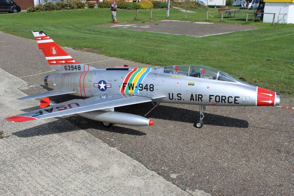 Tomahawk F-100F Super Sabre
